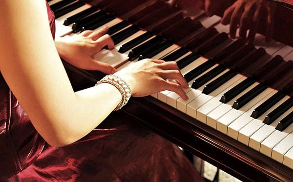 Cách kết hợp 2 tay khi chơi piano