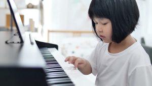 Cách dạy đàn piano cho trẻ 4 tuổi