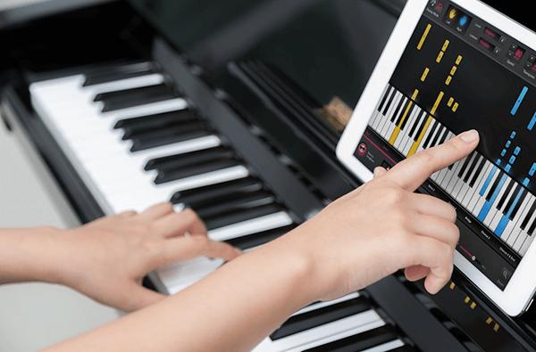 Người lớn nên học piano